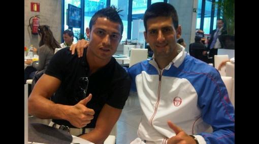 Djokovic sumó su victoria número 30 de forma consecutiva y se encontró con Cristiano Ronaldo