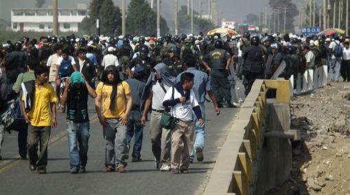 Pisco: carretera Panamericana Sur continúa bloqueada por protesta de algodoneros