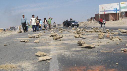 Ica: más de 30 kilómetros de la Panamericana Sur siguen bloqueados