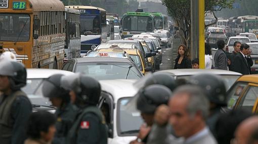 """""""El tránsito en Lima mejoraría en 15 años"""", aseguró experto en transporte"""