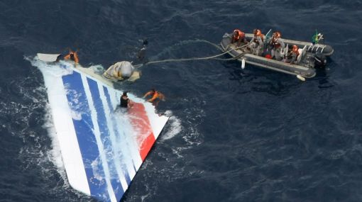Error de pilotos habría ocasionado la caída del Air France en 2009