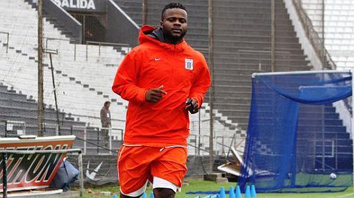Montaño trabajará al máximo para volver a ser titular en Alianza Lima