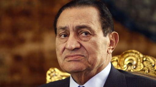Hosni Mubarak padece de cáncer al estómago, reveló su abogado