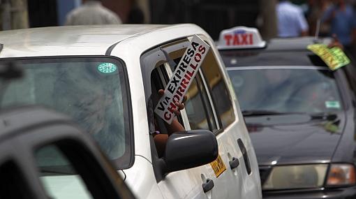 Mano dura: comuna limeña incrementó a S/.720 multa para taxis colectivos