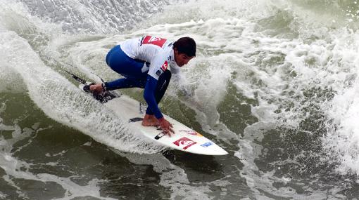 """Cristóbal de Col, campeón Mundial Juvenil de Surf: """"El título es el fruto de todos"""""""