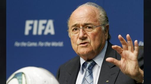 FIFA absolvió a Blatter del escándalo de corrupción