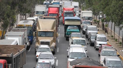 Flota de transporte público excede las 17 mil unidades en Lima y Callao