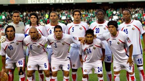 Ocho jugadores de Costa Rica fueron sorprendidos bebiendo licor