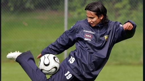 Ecuatoriano Saritama corrió misma suerte de Claudio Pizarro por lesión