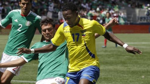 Ecuatoriano Jaime Ayoví es duda para la Copa América