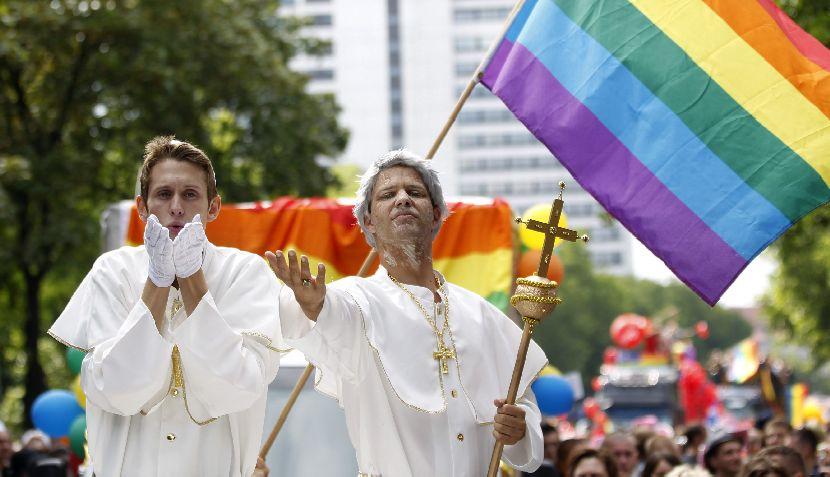 FOTOS: coloridos disfraces en las Marchas del Orgullo Gay en Europa