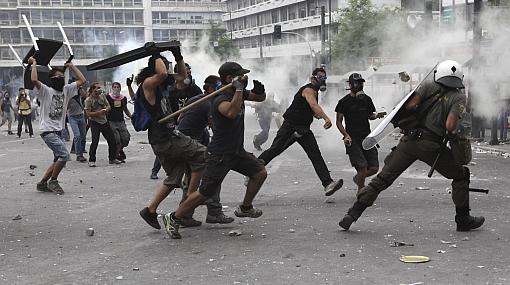 ¿Por qué Grecia está en crisis y qué implica el plan de austeridad?