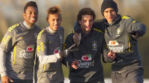 Neymar y la selección brasileña disfrutaron de una feijoada