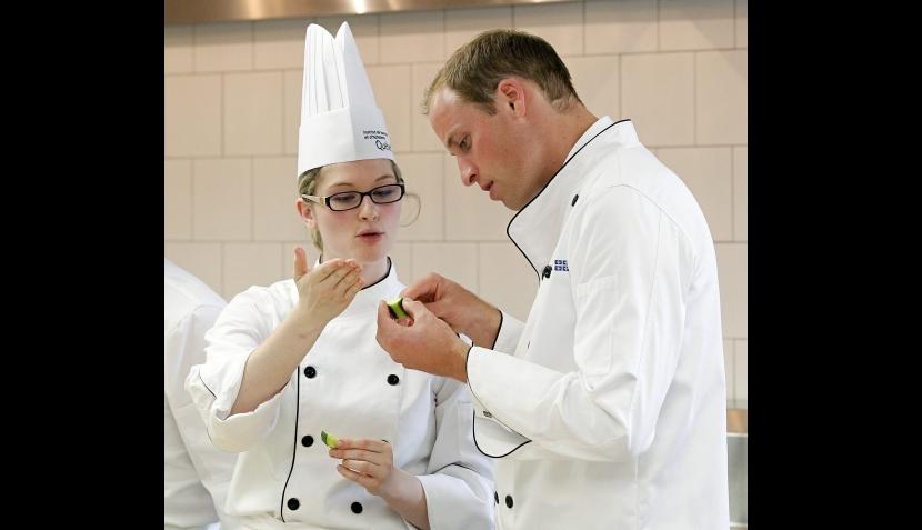 FOTOS: los príncipes Guillermo y Catalina recibieron clases de cocina en Canadá