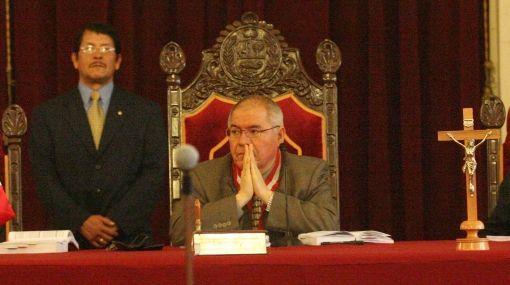 San Martín: ley sobre 'chuponeo' no castiga difusión de información de interés público