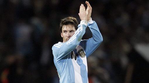 """Messi criticó """"patadas con mala leche"""" de Nigeria en amistoso de ayer"""