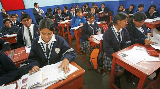 El Congreso aprobó exoneración del curso de religión en los colegios