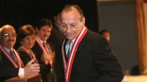 Fiscal de la Nación admite que fue abogado de Luis Castañeda Lossio