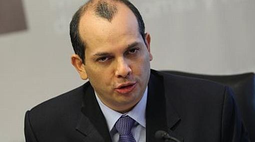 Confirmado: Humala anunció a Luis Castilla como ministro de Economía