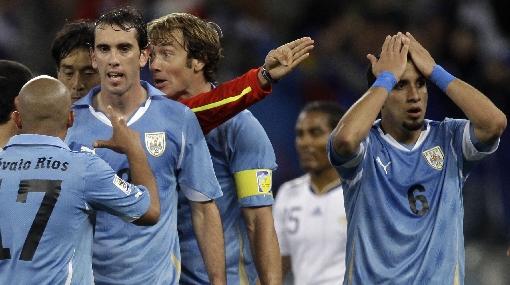 Toma nota: Uruguay tiene dos bajas confirmadas ante Perú