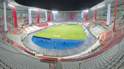 No se debe poner mallas al borde de tribunas del Estadio Nacional, advierte Indeci