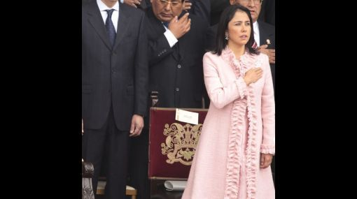 ¿Le sentaba a Nadine Heredia el atuendo que utilizó en la parada militar?