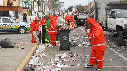 Parada militar dejó más de seis toneladas de basura en la Av. Brasil