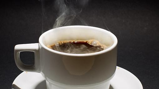 La razón por la que los niños y adolescentes no deberían tomar café