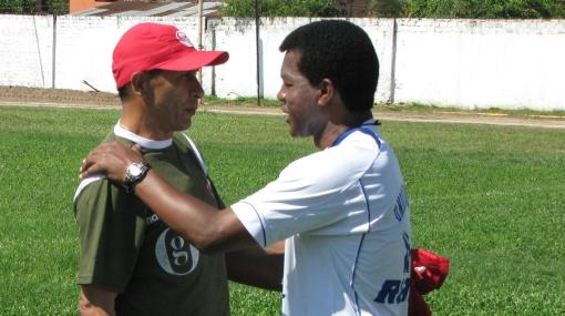 """Umaña, DT de Aurich: """"Uribe dejó huella con su fútbol en Colombia"""""""