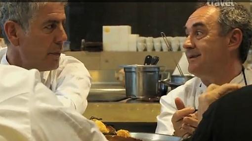 """Bourdain sobre Adrià: """"Es un genio que está 20 años adelantado"""""""