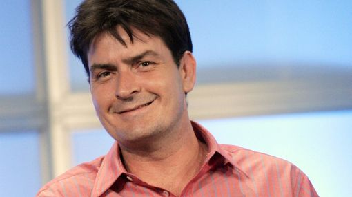 "Charlie Sheen llegaría a un acuerdo por despido de ""Two and a Half Men"""