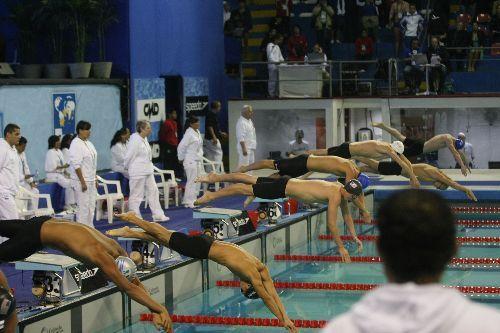 Equipo británico de natación usó tecnología y ganó medallas en Perú