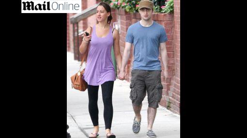 Mágico romance: Daniel Radcliffe fue visto con su nuevo amor