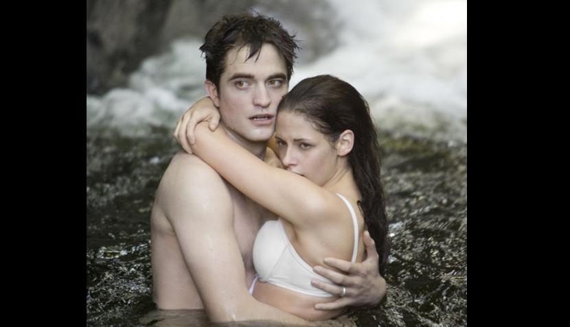 """FOTOS: romanticismo y acción en imágenes de la última película de la saga """"Crepúsculo"""""""