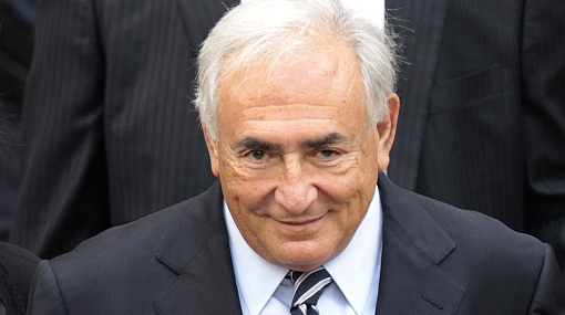 Juez retiró los cargos de violación en contra de Dominique Strauss-Khan