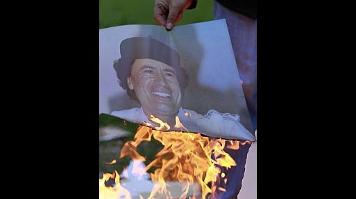 Rebeldes libios ofrecen US$1,7 millones por la cabeza de Gadafi