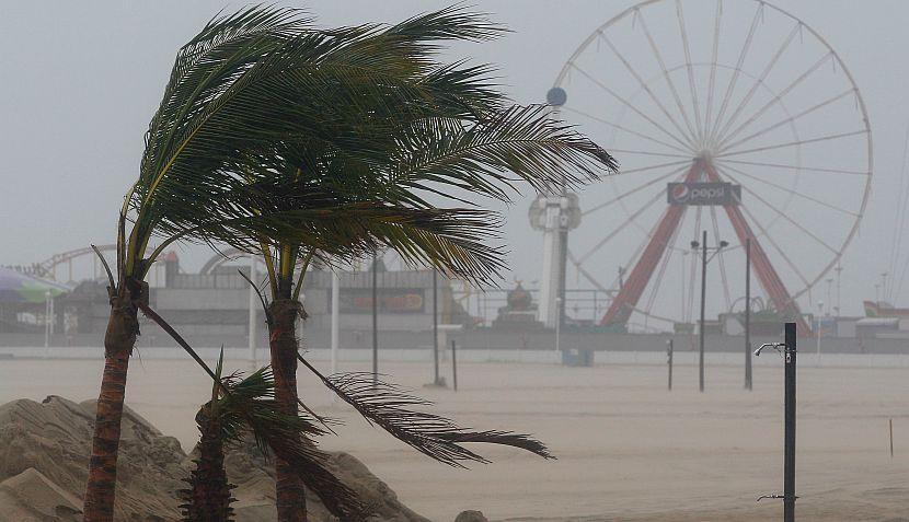 FOTOS: así se hace sentir el huracán Irene en las costas de EE.UU.