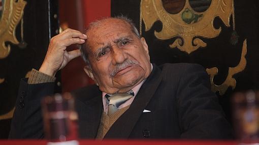 Destacado periodista Manuel Jesús Orbegozo murió víctima de cáncer
