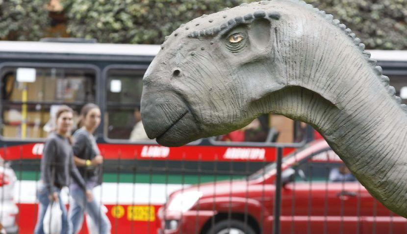 FOTOS: Dinosaurios peruanos invaden el parque Kennedy en Miraflores
