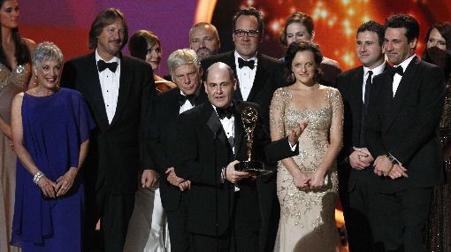 """""""Modern Family"""" y """"Mad Men"""", las grandes ganadoras de los Emmy"""
