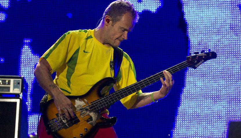 FOTOS: vocalista de los RHCP volvió a utilizar polo de Perú pero esta vez en Rock in Rio