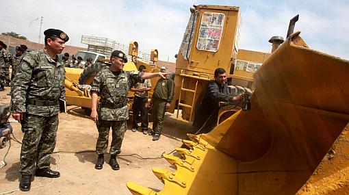 Batallones de ingeniería del Ejército inician reconstrucción de Ica