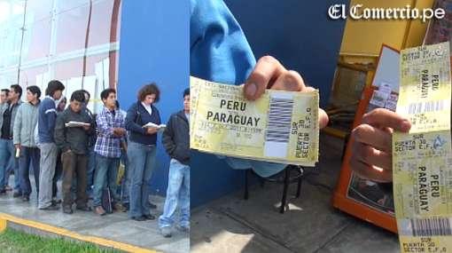 Hinchas de Perú se amanecieron por entradas para choque ante Paraguay