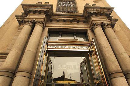 Bolsa de Valores de Lima cerró con resultados mixtos por caída del oro