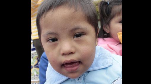 Estos niños buscan a sus padres: ayuda a encontrarlos