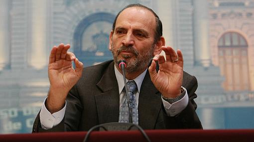 Bancada de Alianza por el Gran Cambio pone en duda el liderazgo de PPK