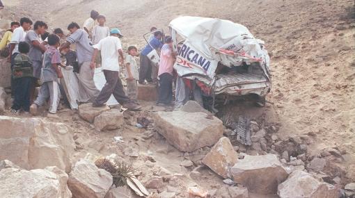Cusco: siete personas mueren tras caída de vehículo a abismo