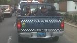 Personal de serenazgo se transporta en tolva de camioneta - Noticias de manuel prado ugarteche