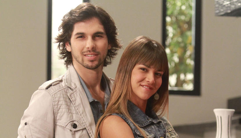 FOTOS: Anahí de Cárdenas debuta como actriz de telenovela