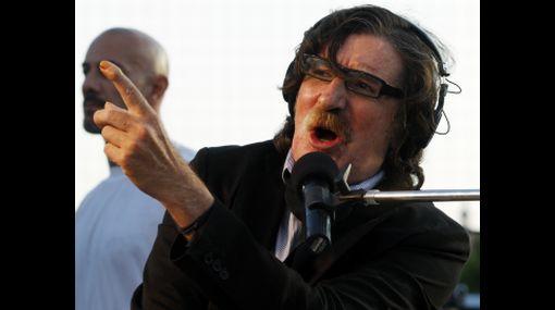 """¿Es verdad la historia de """"Rasguña las piedras""""?: 6 mitos sobre Charly García"""
